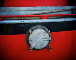 Tugboat Porthole,Photography by Lee Cochrane - Size 11in x 14in (April 2017)