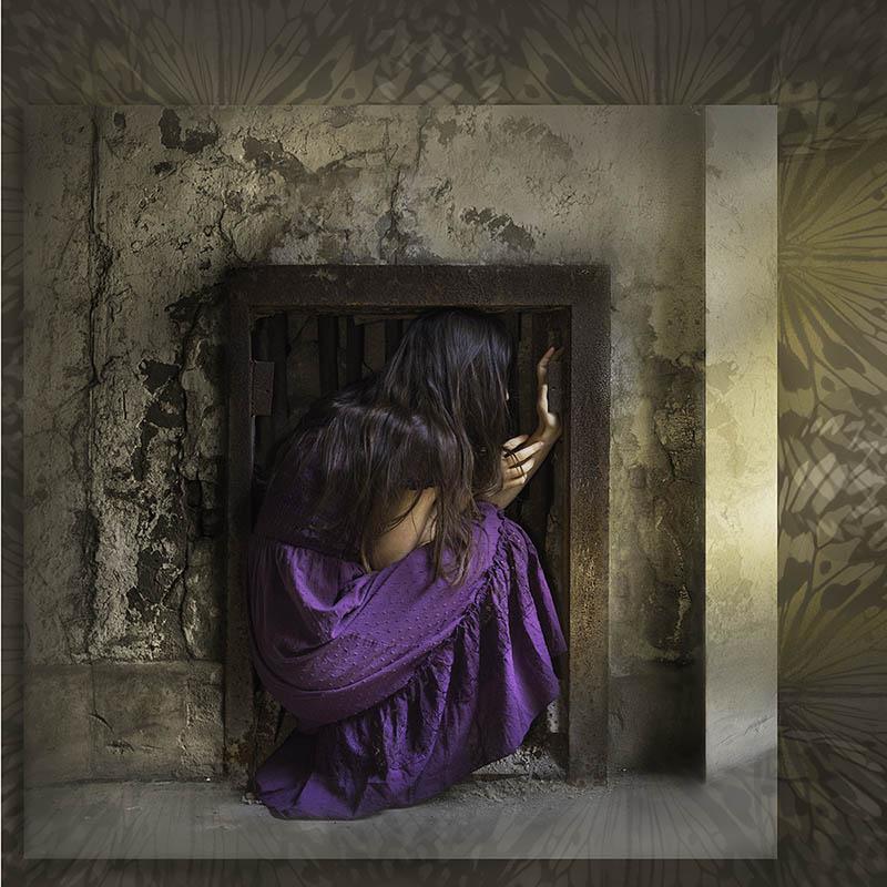 Internal Confinement, work by Rebecca Carpenter (MG: September 2018)
